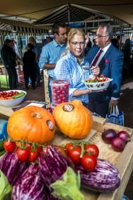 DEN HAAG - Start oogstmarkt op bij Provincie Huis Zuid-Holland FOTO LEX VAN LIESHOUT FOTOGRAFIE